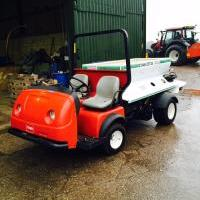 Toro Workman With Dakoto Top Dresser-5